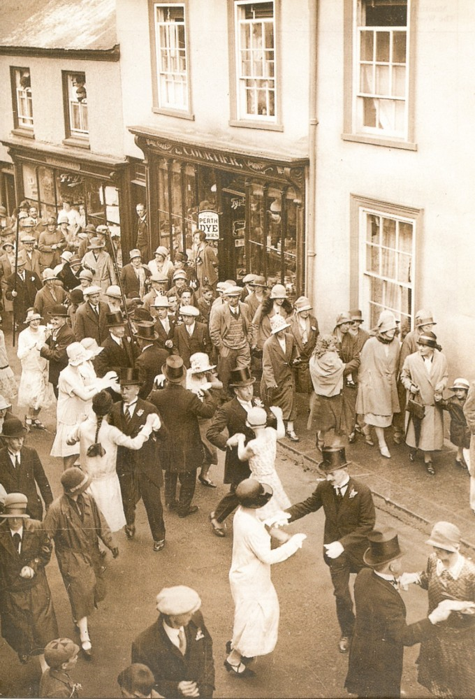 FLORA DAY 1928