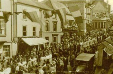 FLORA DAY circa 1920