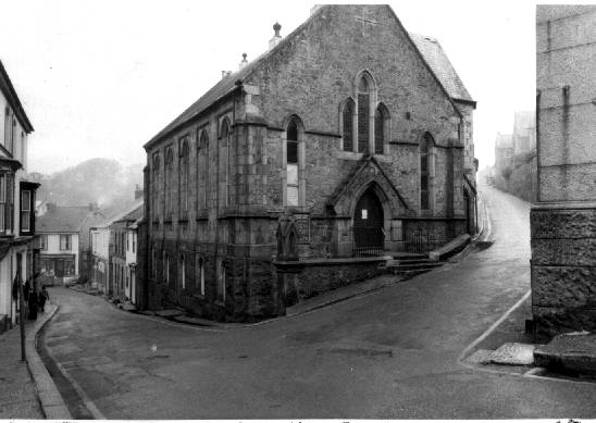 The Little Ship Chapel shortly before demolition.