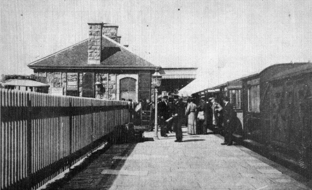 HELSTON RAILWAY STATION
