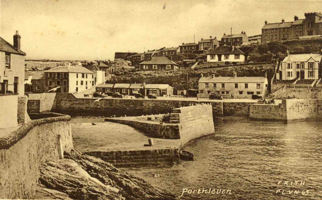 PORTHLEVEN OUTER PIER