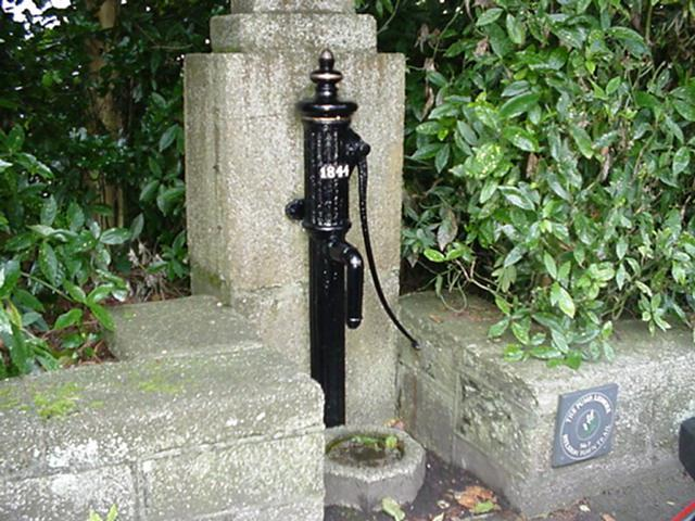 HELSTON WATER PUMP