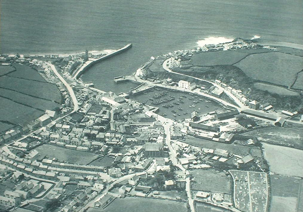 PORTHLEVEN AERIAL VIEW c1939
